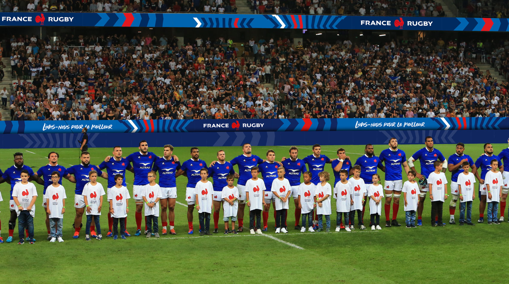 Projet_project_leroy_tremblot_FFR_federation_francaise_rugby_french_nouvelle_identite_new_identity_habillage_stade
