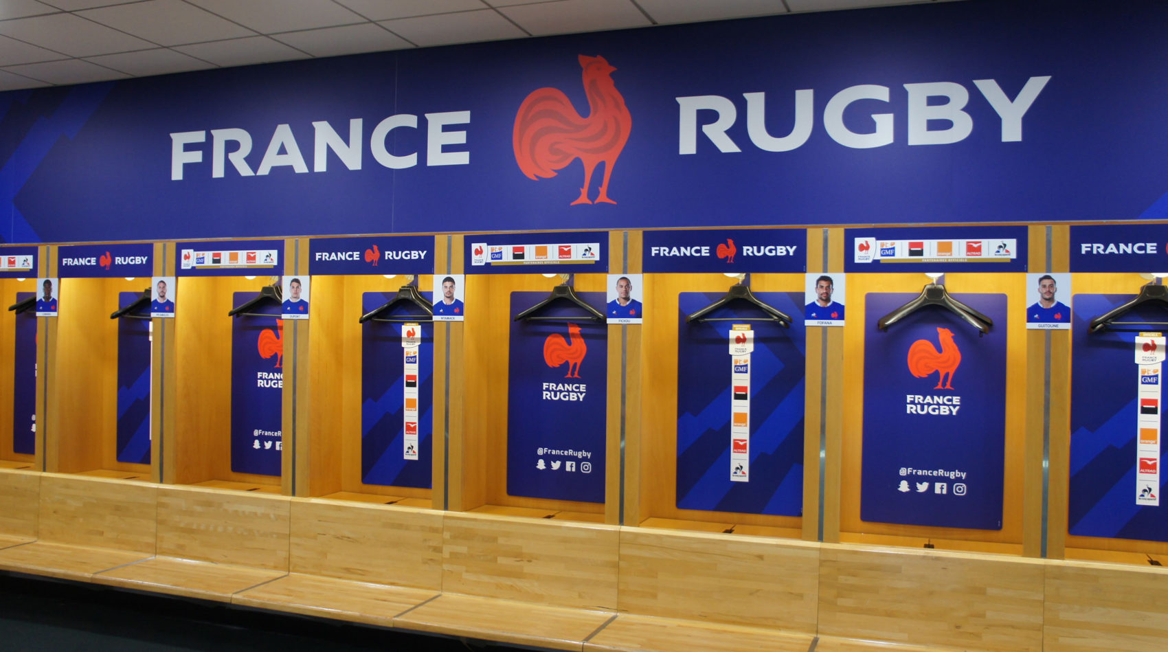 Projet_project_leroy_tremblot_FFR_federation_francaise_rugby_french_nouvelle_identite_new_identity_habillage_vestiaire